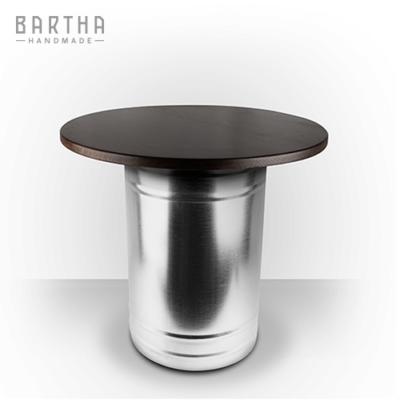dohányzóasztal-fém-rozsdamentes-acél-tölgy-tölgyfa-modern-design-dizájn-lakberendezés-kézzel-készített-handmade-barthahandmade