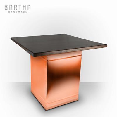 dohányzóasztal-fém-réz-vörösréz-tölgy-tölgyfa-modern-design-dizájn-lakberendezés-kézzel-készített-handmade-barthahandmade