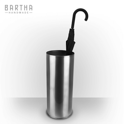 esernyőtartó-fém-rozsdamentes-acél-modern-design-dizájn-minimal-lakberendezés-kézzel-készített-handmade-barthahandmade