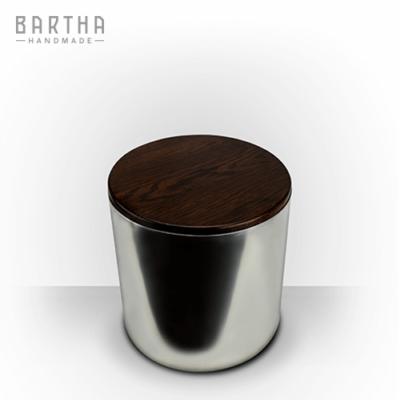 lábtartó-fém-rozsdamentes-acél-tölgy-tölgyfa-modern-design-dizájn-minimal-lakberendezés-kézzel-készített-handmade-barthahandmade
