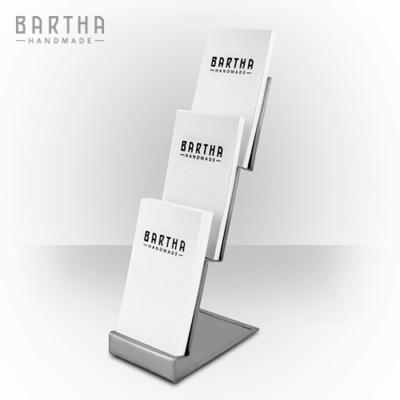 névjegykártyatartó-névjegytartó-emeletes-többszintes-fém-rozsdamentes-acél-modern-design-dizájn-minimal-lakberendezés-kézzel-készített-handmade-barthahandmade