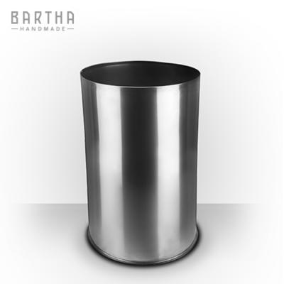 32liter-szeméttároló-szemetes-kuka-fém-rozsdamentes-acél-modern-design-dizájn-minimal-lakberendezés-kézzel-készített-handmade-barthahandmade